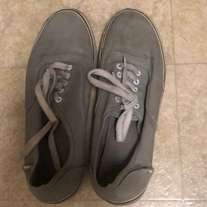Shoes - Women's stinky shoes
